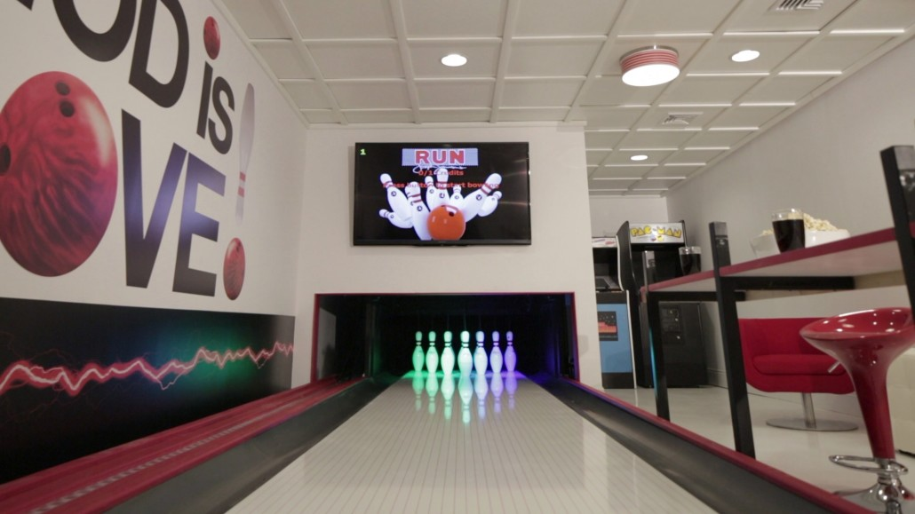Home Bowling | Residential Bowling | DYI Bowling Installations